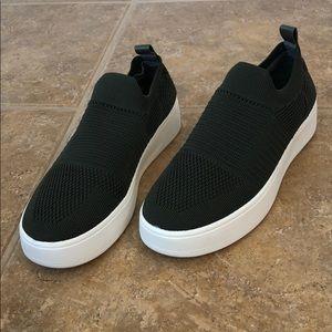 NEVER WORN Steve Madden Slip On Sneaker Shoe